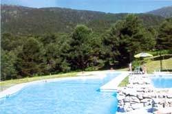 Piscinas naturales cercedilla madrid ecured for Piscina municipal parla