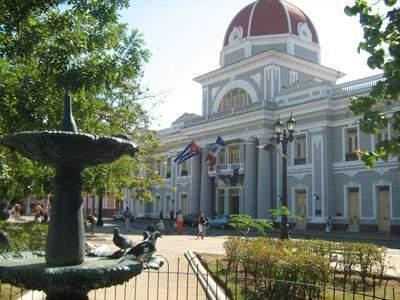 Parque ¨José Martí¨, Cienfuegos. Imagen: Ecured