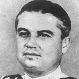 Comandante Andrés González Lines