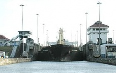 Panama Canal Ship Entering Chamber.jpeg