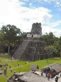 En ciudad maya miles de personas para festejos de cambio de era