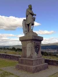 Estatua de Robert the Bruce a la entrada del Castillo de Stirling.