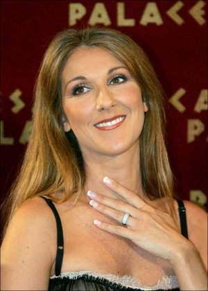 Archivo:Diamands-celine-dion.jpg
