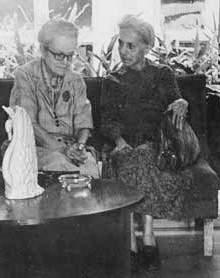 Dulce María y su hermana Flor Loynaz.