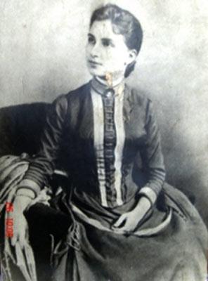 Resultado de imagen de mercedes ribas. primera mujer inscrita en la universidad de la habana era de barcelona