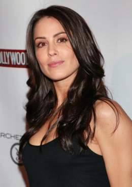 Michelle borth tell me you love me all can