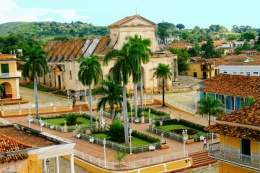 Plaza-Mayor-de-Trinidad.jpg